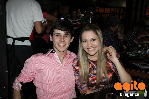 Local: Pub Public House - Muito agito no Pub House nr_33081 Data:24/08/2013 Fotografo: Fagner